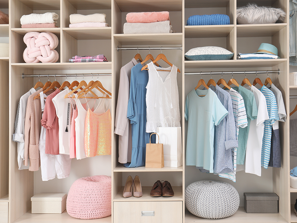 Our Tips to Organizing Your Closet for All Seasons
